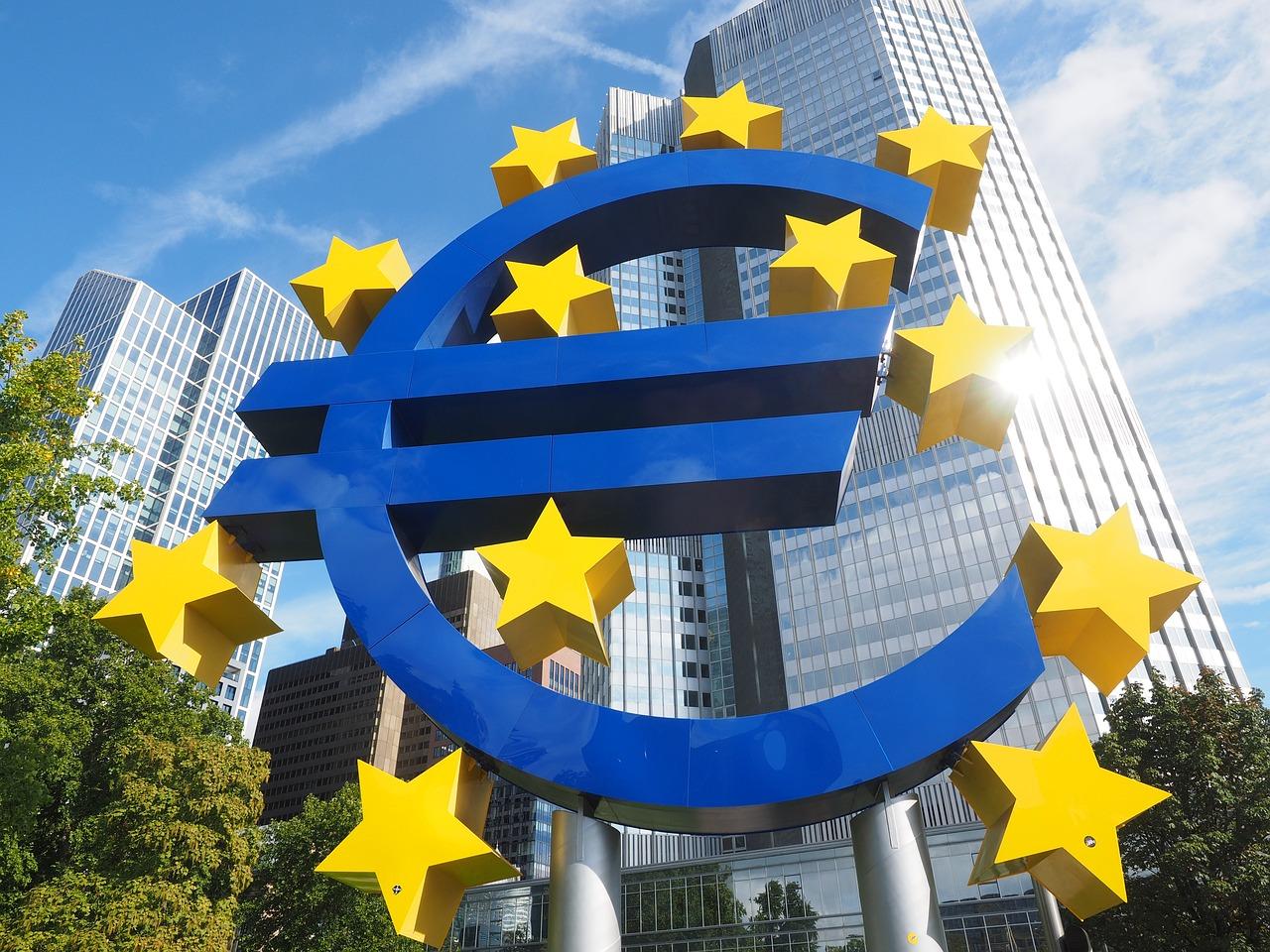 polityka europejskiego banku centralnego - grafika wpisu