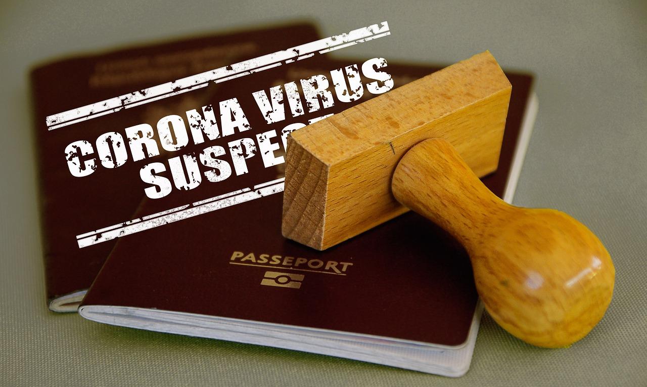 paszporty szczepień a lockdown- grafika wpisu