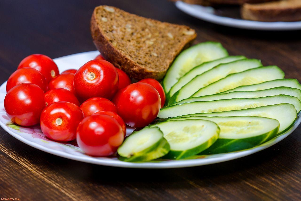ustawowy wegetarianizm grafika wpisu dot. podatku od mięsa - grafika wpisu