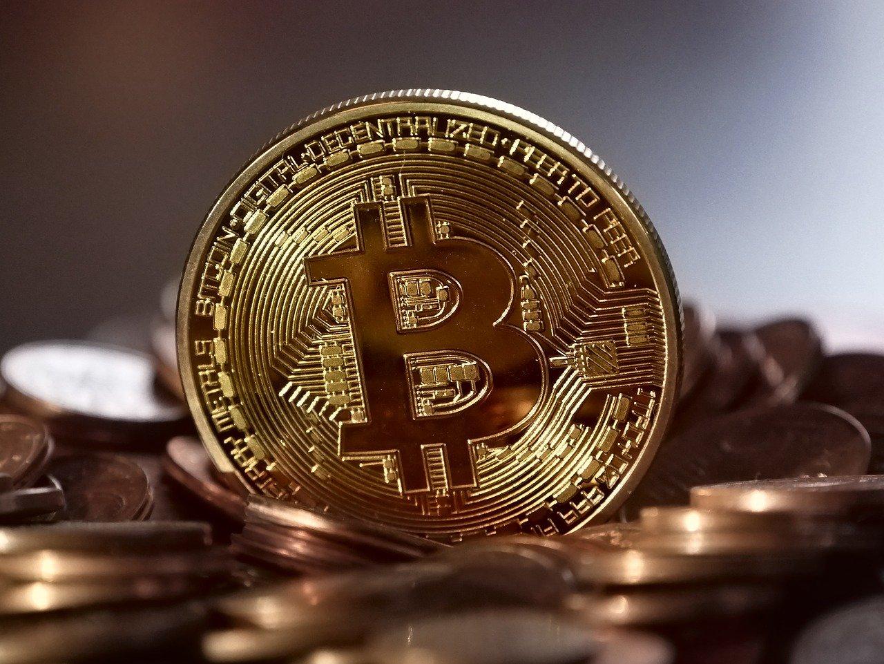 spadek ceny bitcoina - grafika wpisu